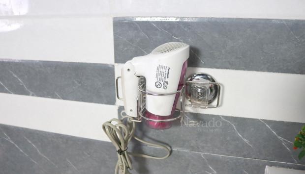 Lưu ý quan trọng khi chọn mua phụ kiện phòng tắm hít chân không