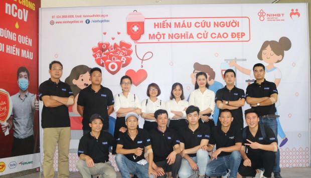 Ngày hiến máu truyền thống của công ty gương nghệ thuật Navado