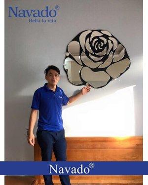 Gương hoa hồng phòng khách Rose