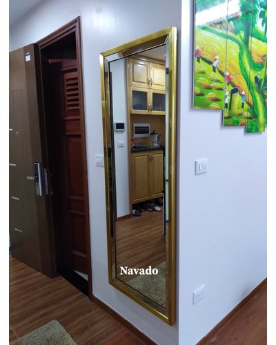 Sản xuất gương soi toàn thân treo tường khung vàng