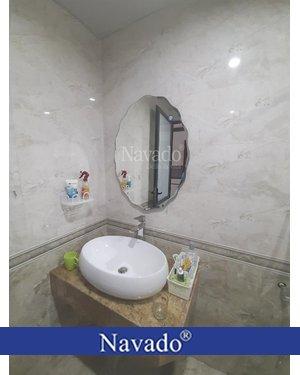 Gương phòng tắm viền sóng lượn 5070