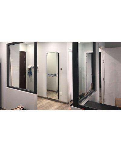Gương toàn thân trang trí khung mạ đen tại TP.HCM