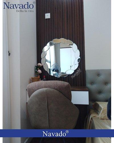 Gương gắn tường trang điểm Lacos tại TP.HCM