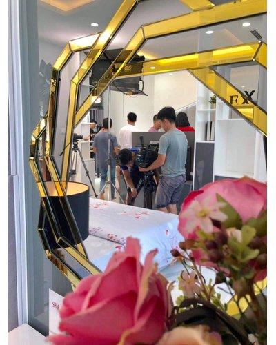 Gương phòng khách nghệ thuật Spide tại Đồng Nai