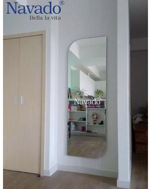 Gương toàn thân kiểu điện thoại 7610